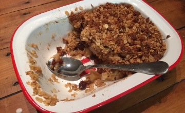 Almond Meal (wheat free) apple crumble